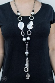 Total Eclipse Of The Heart - Black Blockbuster Necklace