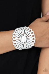 Wildflower Garden - White Urban Bracelet