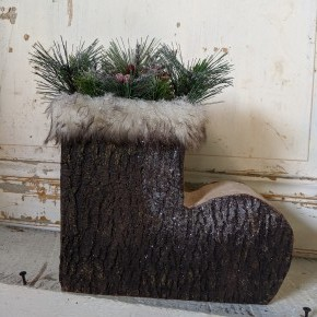 Large Log Bark-Look Boot w/ Greenery
