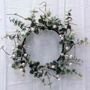 Sparkle & Pearl Mini Wreath