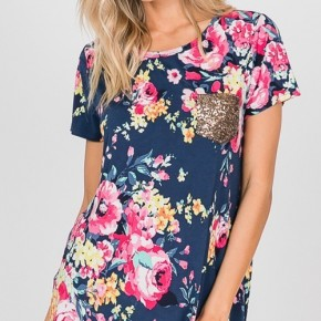 Floral Print Top with Sequin Pocket