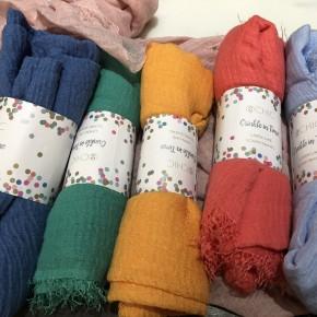 Crinkled linen-like scarf with fringe *Final Sale*