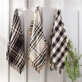 Black & White Assorted Throws