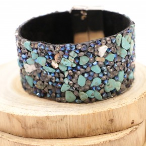 In A Sea Of Fish Rock Beaded Bracelet With Magnetic Clasp - Turquoise