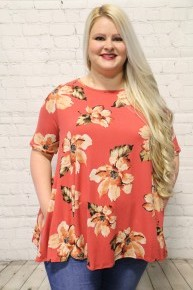 In My Dreams Floral Top In Coral Sizes 12-20