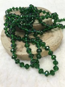 Point of Perfection Beaded Necklace in Emerald Green