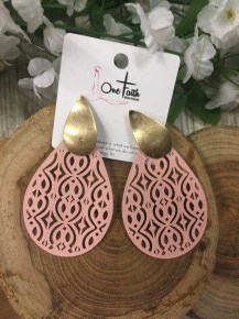 It's A Good Life Blush Teardrop Earrings With Gold Detail