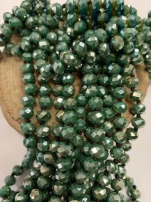 Point Of Perfection Beaded Necklace In Sea Green