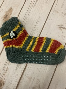 The Lion's Den Slipper Socks With Grip Bottom In Sage