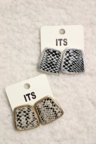 Be Brave Trapezoid Snake Earring With Multiple Colors
