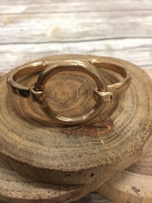 Lots to Love Gold Clasp Circle Bracelet