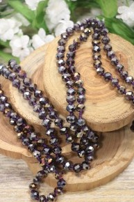 Point Of Perfection Beaded Necklace In Grape
