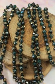 Point Of Perfection Beaded Necklace In Shamrock