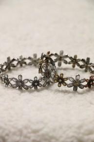 Feeling Pretty Metal Flower Stretch Bracelet In Multiple Colors