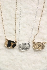 Feeling Pretty Small Oval Animal Print Necklace In Multiple Prints
