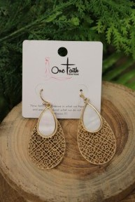 Back To Yesterday Lattice Earrings With White Pendant