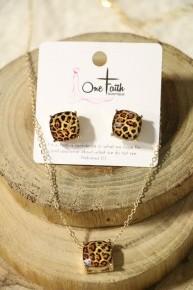 Don't Get Wild Leopard Studs & Necklace Set