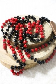 Point Of Perfection Beaded Necklace In Black Widow