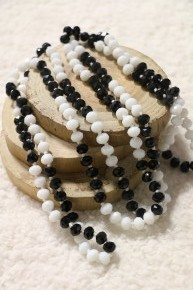 Point Of Perfection Beaded Necklace in Salt And Pepper