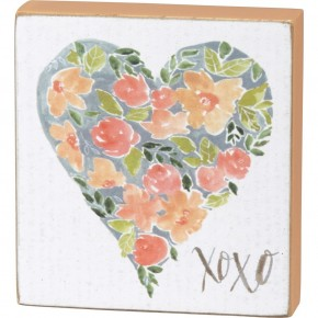 XOXO Box Sign With Heart In Peach