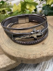 Find My Way Multi Leather Strap Bracelet With Silver Cross