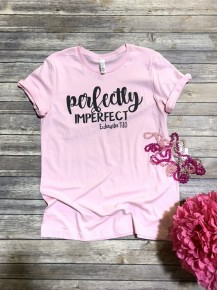 Perfectly Imperfect Graphic Tee In Light Pink Size Medium