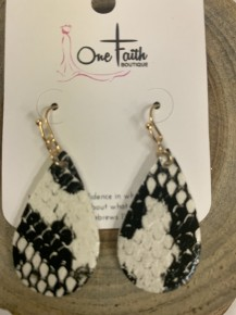 Snakesin Earrings with Fish Hook