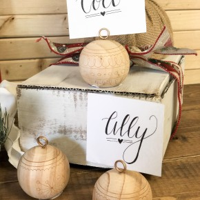 Ornament Place Card Holder