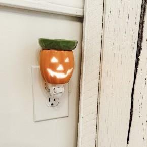 Jack-O-Lantern Wax Plug In