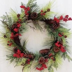 Cedar Berry Christmas Wreath