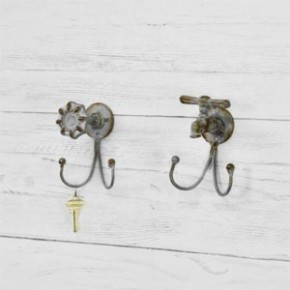 Assorted Spigot With Hooks