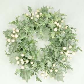 Winter Holly Candle Ring With Cream Berries