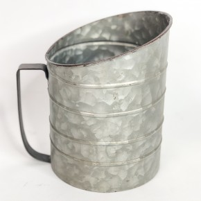 Ribbed Pitcher with Handle
