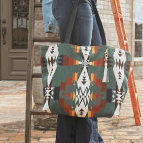 The Makeup Junkie Ideal Everyday Tote in Durango