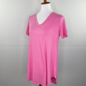 Favorite V-Neck Tee in Candy Pink