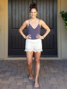 Natural Crochet Lace & Lined Elastic Waist Shorts