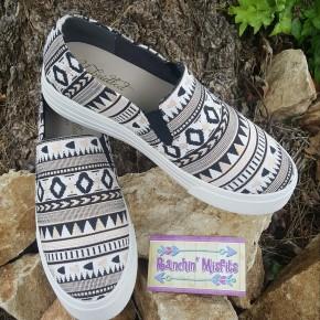 Ariat Unbridled Harlan Black Rose Tribal Print Shoe