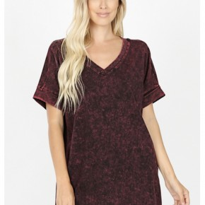 Against The Wall Acid Wash Top, Burgundy