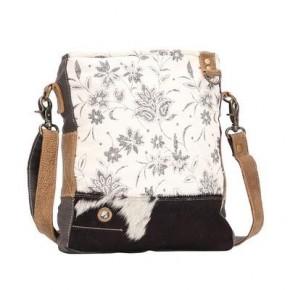 Myra Albino Shoulder Bag