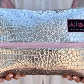 MakeUp Junkie Silver Gator Blush Zipper Bags