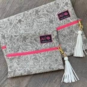 Makeup Junkie Southern Charm (Pink Zipper) Bag