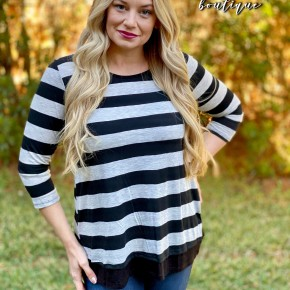 Stripe Back Button 3/4 Sleeve Top
