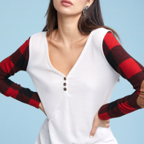 PLAID LONG SLEEVE BUTTONED ON V NECK TOP