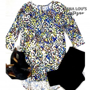 BLACK FRIDAY 3/4 Sleeve Colorful Predator Print DTY Brushed Tunic Top