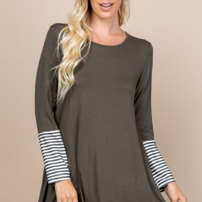 Oliveacious Button Back Top