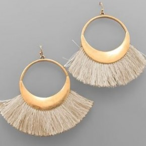 Fan Tassel Circle Earrings- Natural