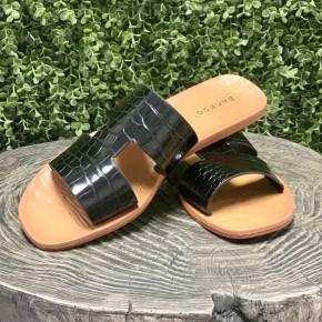 Peyton Black Sandals