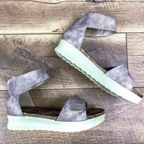 Cole Platform Sandals, Rose