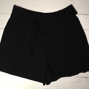 Black Pleated Shorts with Pockets