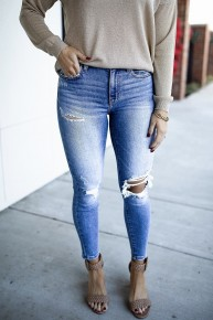 Strike A Pose Jeans